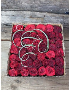 Red Roses Luxury Box